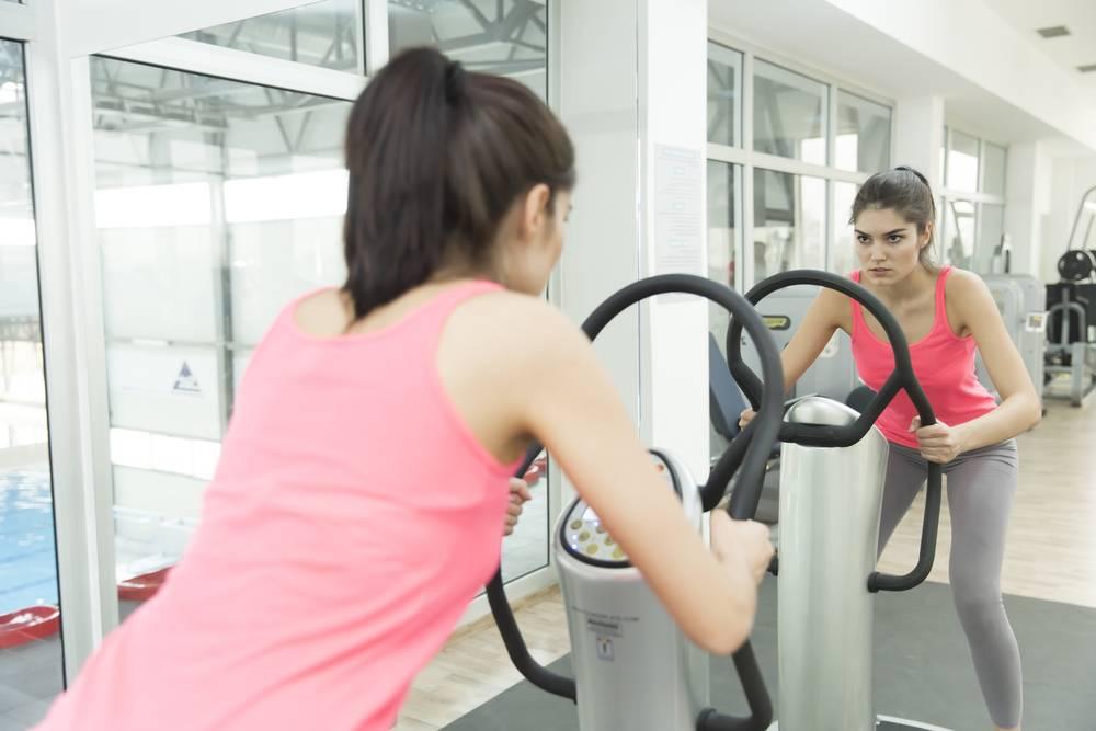 Faire du renforcement musculaire avec une vibro shaper-1